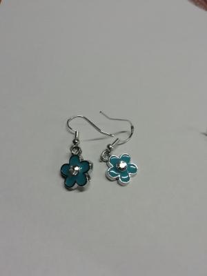 Boucles d'oreilles fleur bleue